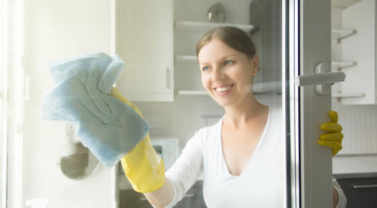 cam lekeleri nasıl temizlenir