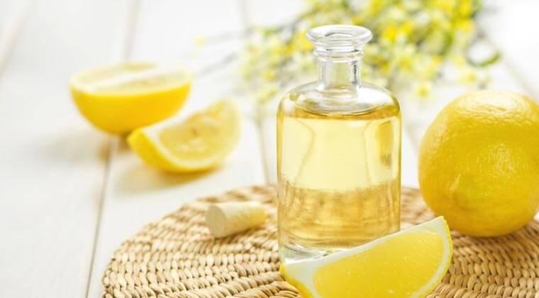 Limon Yağı ile Banyolarınızı Parlatın