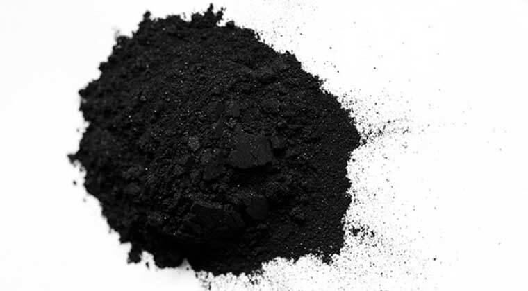 Kömür Tozu ile Karıncalardan Nasıl Kurtulunur